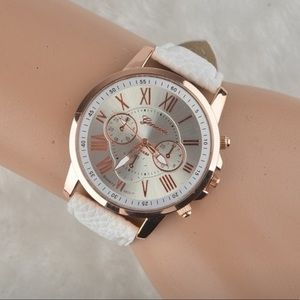 NEW! White Banded Fashion Watch